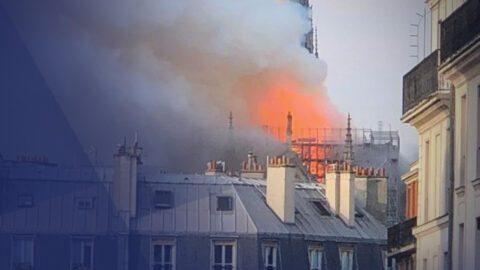 Notre-Dame de Paris brûle…