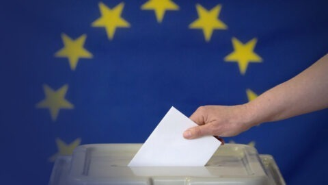 Européennes : coup d'envoi de la campagne officielle