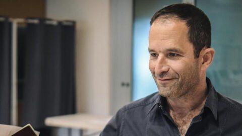"Benoît Hamon va se ""mettre en retrait"", assure son bras droit"