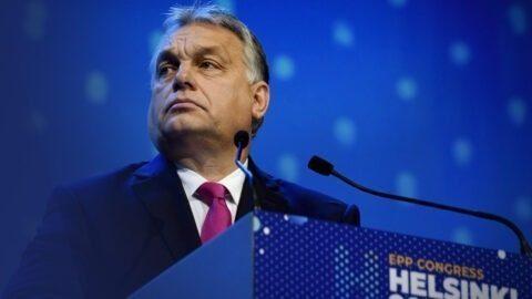 """Orban prend ses distances avec Le Pen et salue son """"ami"""" Wauquiez"""