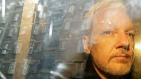 Londres certifie la demande d'extradition d'Assange