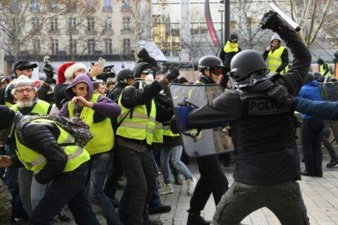 Le chef de la gendarmerie s'exprime sur des «violences illégitimes» lors des manifs des Gilets jaunes