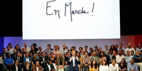 Six députés LREM dénoncent «des pratiques hors-jeu» du mouvement et quittent son comité politique