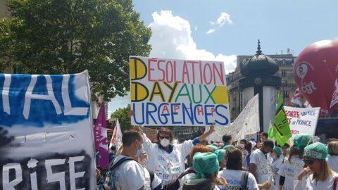 Malaise dans les hôpitaux : les urgences manifestent à Paris (IMAGES)