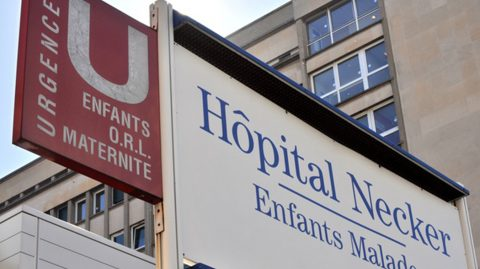 Deux agents hospitaliers de Necker suspendus