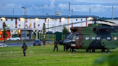 Prise d'otages : les deux surveillants libérés