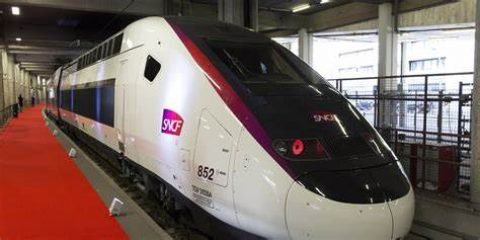 La SNCF supprime ses tweets à la «tonalité déplacée», sans parvenir à contenter les internautes