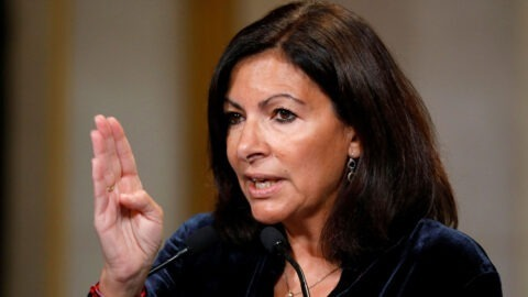 Anne Hidalgo va imposer une baisse de vitesse aux trottinettes électriques