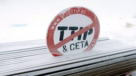 CETA : «farines animales, antibiotiques, OGM… vont se retrouver dans nos assiettes»