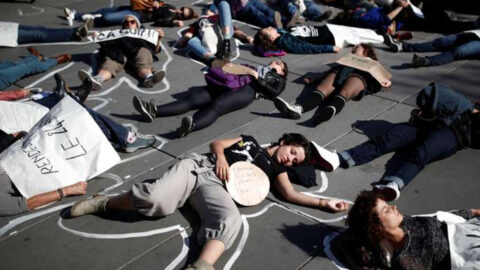 Féminicides : l'urgence nationale pour mettre fin au « massacre »