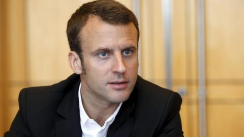 Salon de l'agriculture: un Macron chahuté insulte les Gilets Jaunes et fait enfermer Eric Drouet