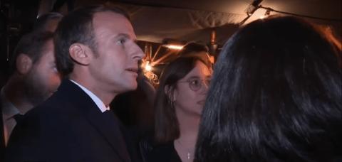 Un mois plus tard, Macron va à Rouen et se fait huer