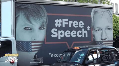 Julian Assange comparaît en personne devant le tribunal de Londres, des Gilets Jaunes sont là pour le soutenir