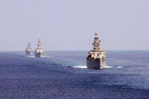 Premières manœuvres communes de l'Iran, la Russie et la Chine en mer d'Oman