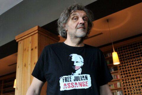 Pour le réalisateur Emir Kusturica, Julian Assange se meurt dans l'indifférence médiatique