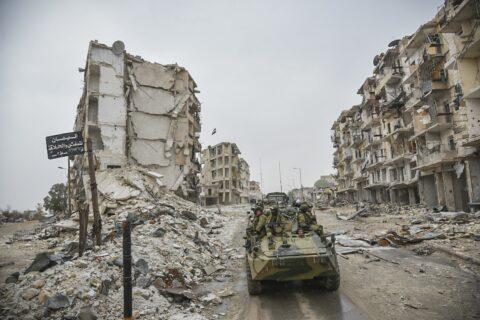 Syrie : victoire militaire stratégique des forces syriennes et russes sur les groupes islamistes, Trump réagit