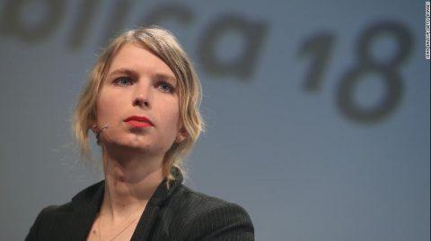Affaire WikiLeaks : Chelsea Manning tente de se suicider en prison avant d'être libérée