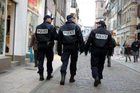 Coronavirus: en première ligne, les policiers ont l'interdiction de porter un masque !