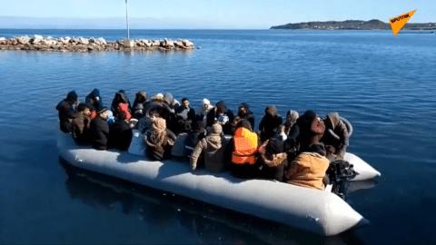 Le conflit se durcit entre Turcs et Syriens et touche l'Europe : près de 15.000 migrants à la frontière grecque
