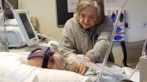 Coronavirus: le gouvernement faciliterait-il l'euthanasie pour ne pas encombrer les hôpitaux?