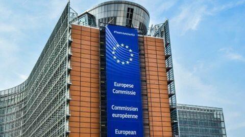 « La commission européenne a demandé 63 fois aux États de réduire les dépenses de santé » dénonce l'eurodéputé Martin Schirdewan