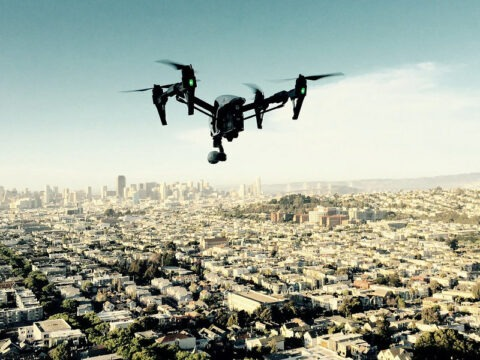 Le ministère de l'intérieur s'équipe massivement en drones (651 unités) et se prépare à l'après-confinement