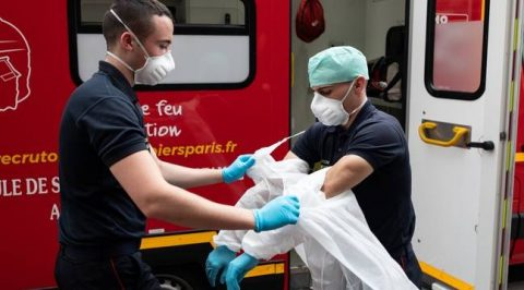 Manque de matériel chez les sauveteurs : « les pompiers sont de la chair à canon »