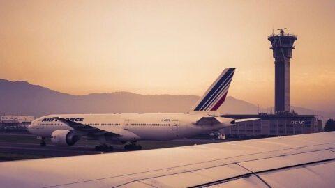 Aides publiques à Air France : privatisation des profits, socialisation des pertes. Comme d'habitude.