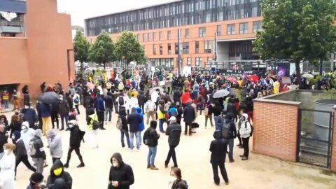 Déconfinement: les manifestations reprennent malgré les interdictions