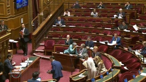Transparence : le Sénat reporte de deux ans l'obligation pour les sénateurs de déclarer leurs rencontres avec des lobbyistes