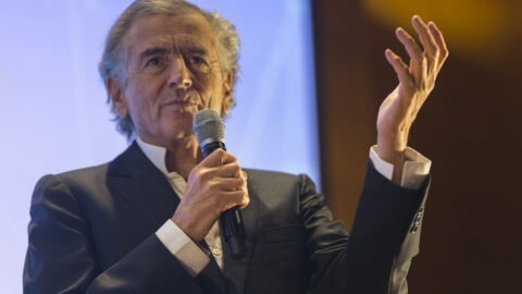 """Coronavirus : """"Les gens se sont fait avoir par les médias, les médecins et le pouvoir"""", affirme Bernard-Henri Lévy"""