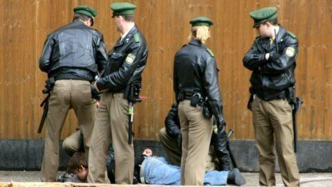 Berlin : en cas d'accusation de discrimination, les policiers devront prouver leur innocence