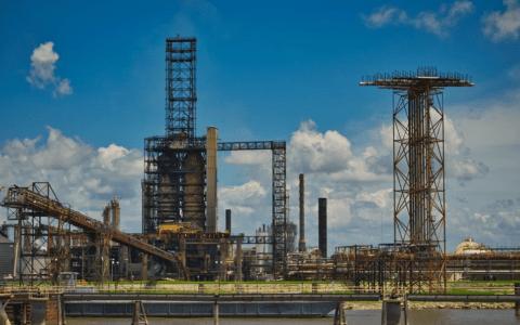 En Chine, le plus grand groupe acheteur de pétrole brut au monde sur le point d'être créé