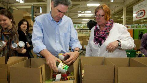 Fragilisées par le confinement et la crise, les Banques alimentaires sont au bord de la pénurie