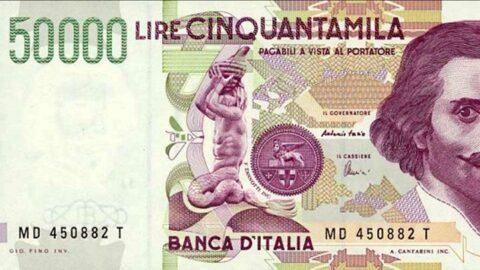 Des gilets orange manifestent à travers l'Italie pour la fin de l'euro