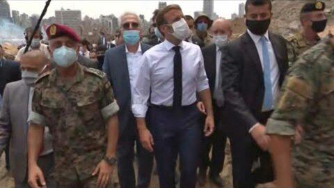 Liban: en plein chaos, Macron mêle ingérence et coup de communication